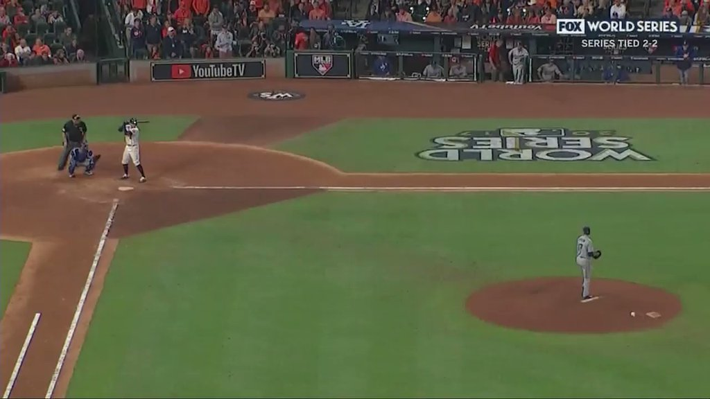RT @BleacherReport: Did the ball…