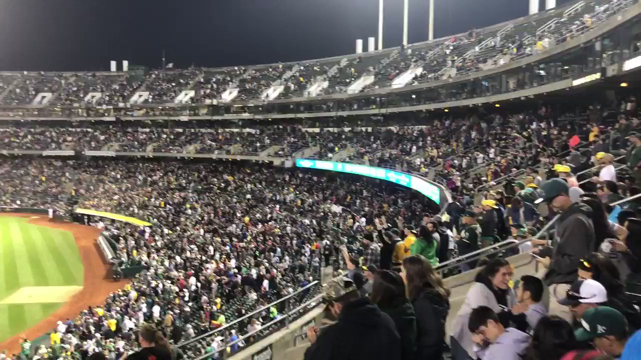 Park is lit. https://t.co/l74f27NCtO